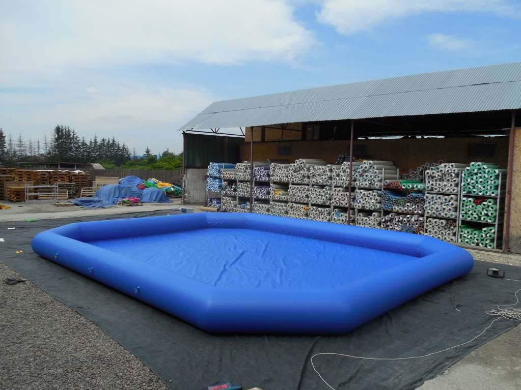 Bumperboats pool